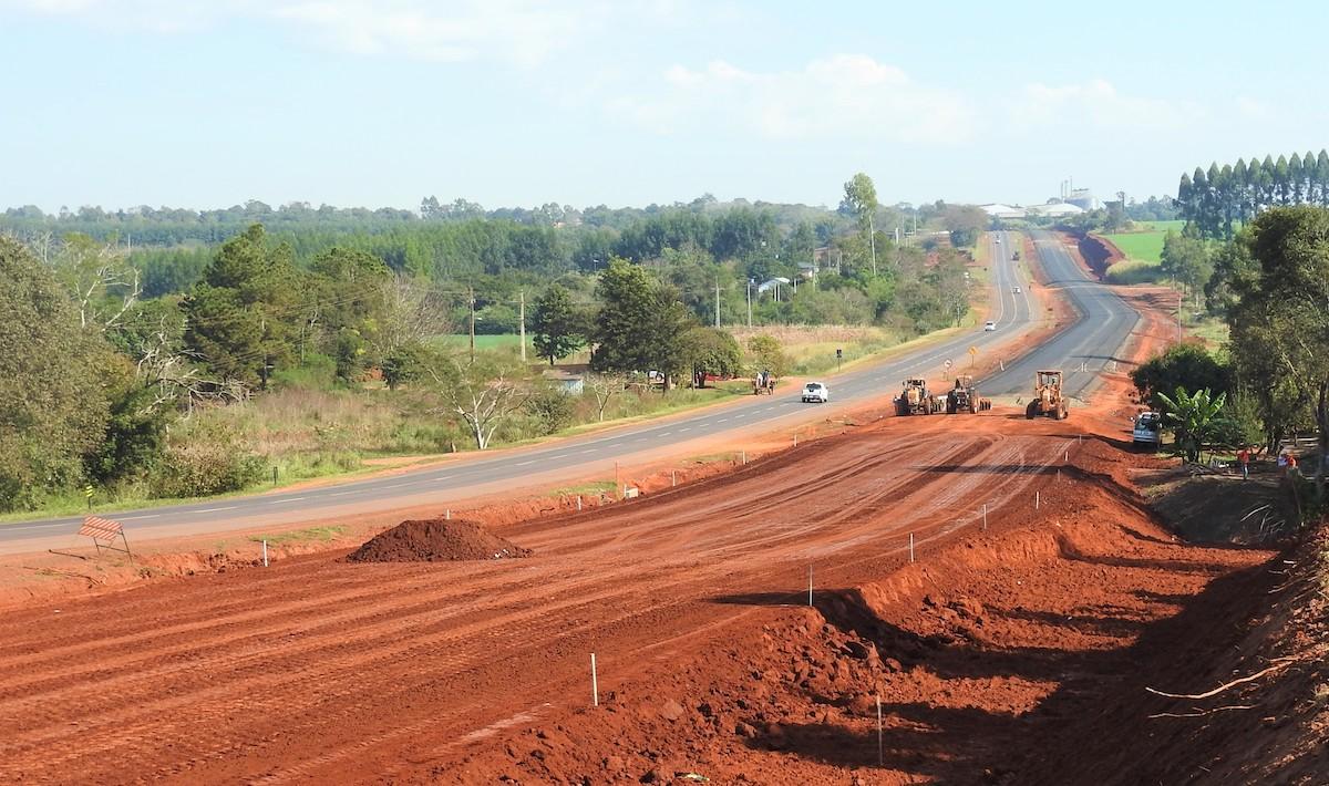 Caminos, ampliación de la Ruta ex 7, Paraguay (2)