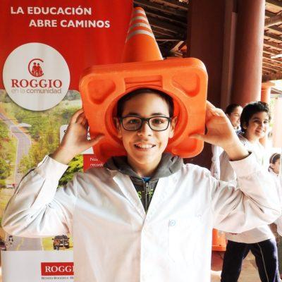 Roggio en la Comunidad, Escuela Artigas (Asunción) (1)
