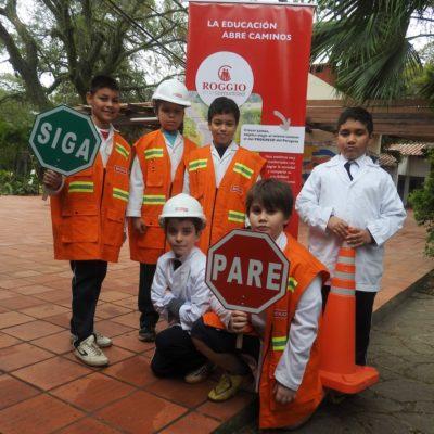 Roggio en la Comunidad, Escuela Artigas (Asunción) (15)