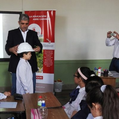 Roggio en la Comunidad, Escuela Artigas (Asunción) (19)