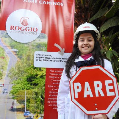 Roggio en la Comunidad, Escuela Artigas (Asunción) (2)
