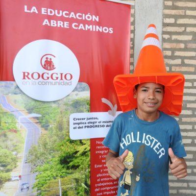 Roggio en la Comunidad, Escuela Fray Bartolomé de las Casas (Asunción) (2)