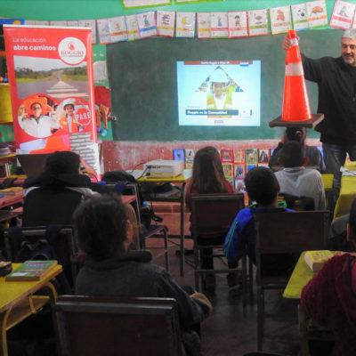 Escuela-Fernando-de-la-Mora--San-Rafael-del-Paraná--Itapúa2