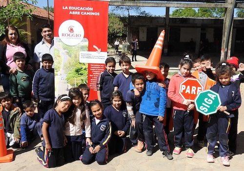 Roggio-en-la-Comunidad-Escuela-República-de-Venezuela-Asunción-18
